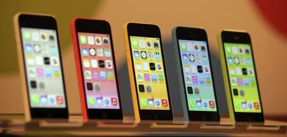 In Spain begins the sale of new phones iPhone 5S and iPhone 5C