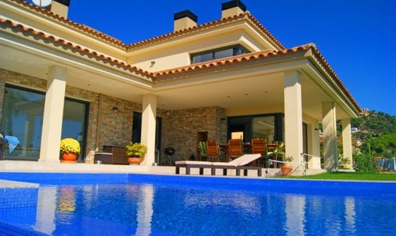 Value of the property rises in eight regions of Spain
