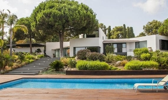 Rent of apartments, villas and houses on the Maresme coast: elegant and prestigious