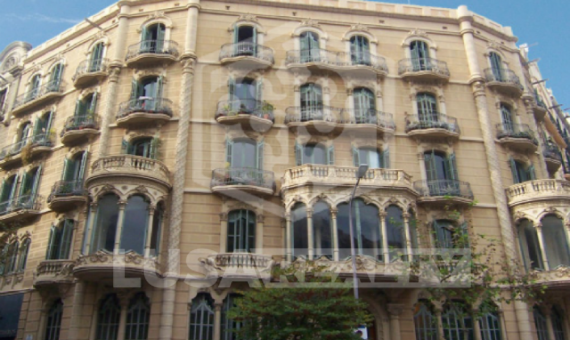 Building  Barcelona | 0-1png-2-570x340-png