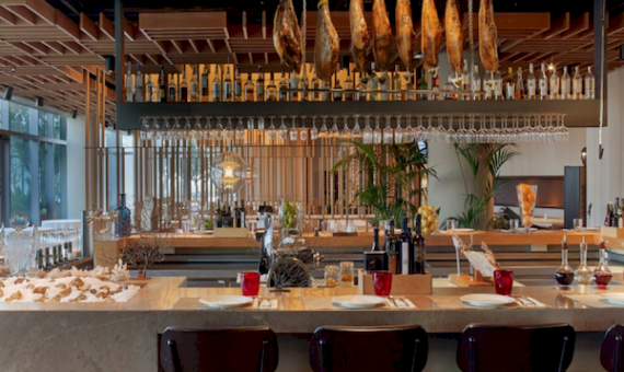 Restaurante in Plaza Real. Transfer | 0-screen-shot-20150831-at-190106png-2-570x340-png