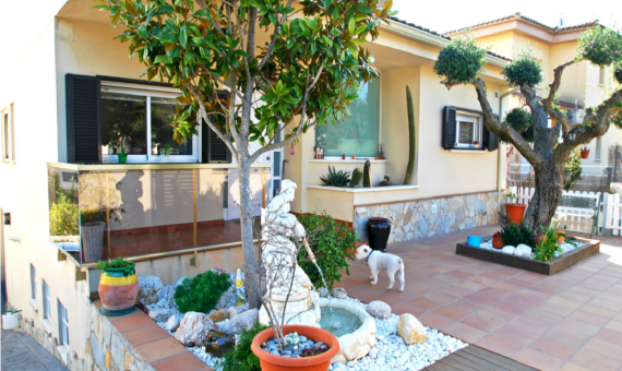 Villa with panoramic views in prestigious urbanization Calafell | 0-sin-titulo1png-2-570x340-png