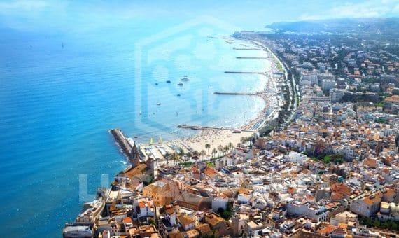 1485  Land  Barcelona | 10031-0-570x340-jpg