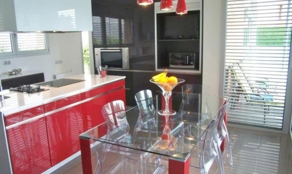 Modern house for sale in Montmar, Castelldefels | 10342-19-570x340-jpg