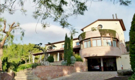 2273  House in Castelldefels | 10375-15-570x340-jpg