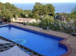 12733 – Spacious villa of 900 m2 with sea views and a swimming pool in the urbanization Cala San Francesc, Blanes | 10787-19-150x110-jpg