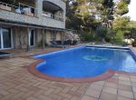 12733 – Spacious villa of 900 m2 with sea views and a swimming pool in the urbanization Cala San Francesc, Blanes | 10787-5-150x110-jpg