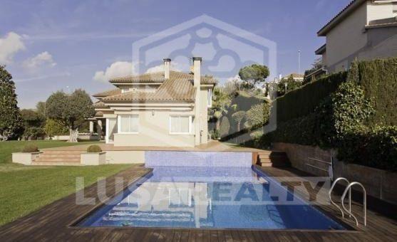 House  Costa Barcelona | 11637-3-557x340-jpg