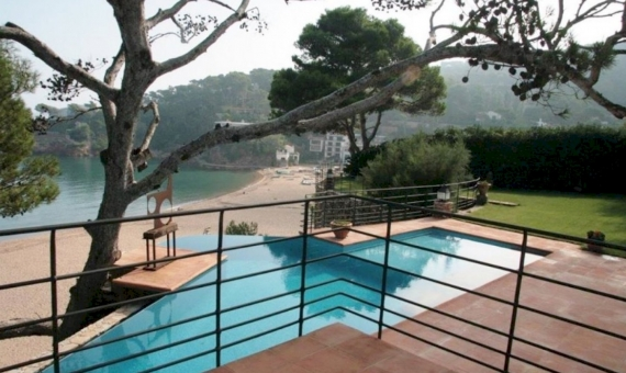 Villa 1st sea line in Begur in Costa Brava | 12190-10-570x340-jpg