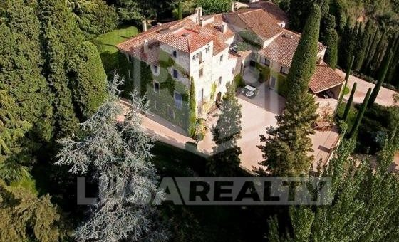 Country House and Castle  Costa Barcelona | 12491-4-560x340-jpg