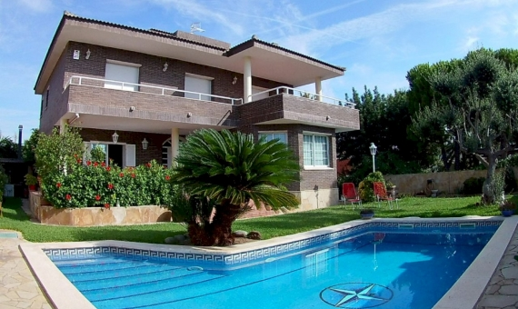 Cozy villa with a pool near the sea in Calafell | 3156-13-570x340-jpg