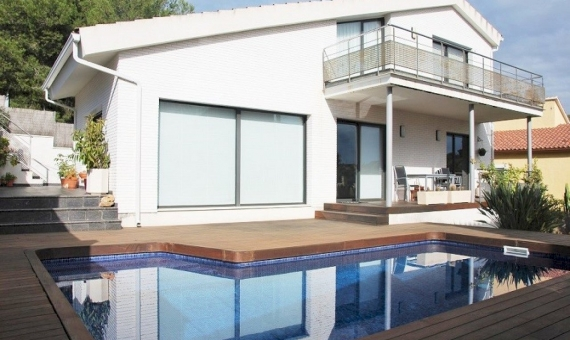 Modern two-storey villa in Costa Dorada | 3506-7-570x340-jpg