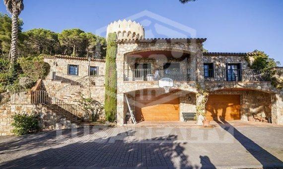 3193 Beautiful chalet on sale in Cabrera de Mar, with nice views and big garden   4278-8-570x340-jpg