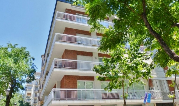 Duplex to be reformed in Sant Gervasi zone | 4809-0-570x340-jpg