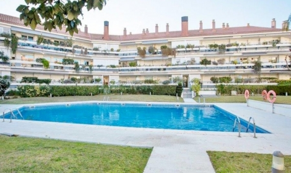Sunny ground-floor terraced flat on sale in Sitges very close to the sea | 5223-2-570x340-jpg