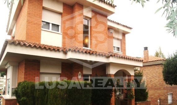 House  Costa Barcelona | 5716-2-570x340-jpg