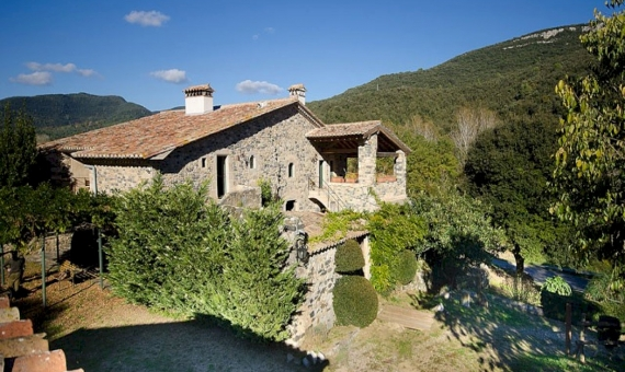 ​​Country house and castle  Costa Brava | 6322-3-570x340-jpg