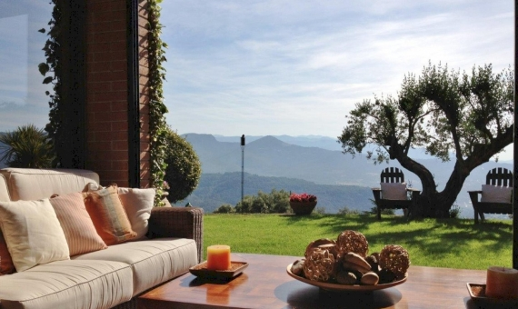 Wonderful house with views on the 3200 m2 plot in 30 km from Barcelona | 6418-14-570x340-jpg