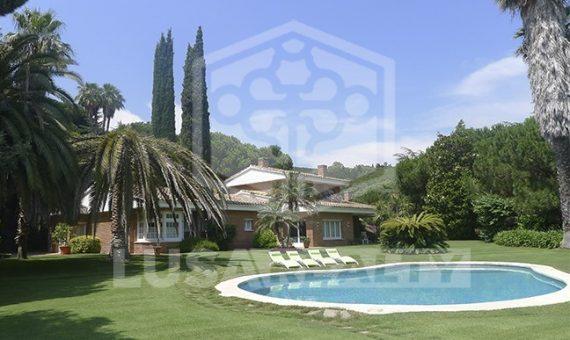 Houses  Costa Barcelona | 9432-2-570x340-jpg