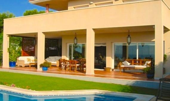 Fantastic house in Santa Barbara area of Sitges | 9496-14-570x340-jpg
