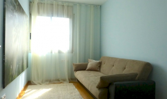 Town house in prestigious area Gava Mar, 1st sea line | 17-lusa-rent-house-gavamar00019jpg-570x340-jpg