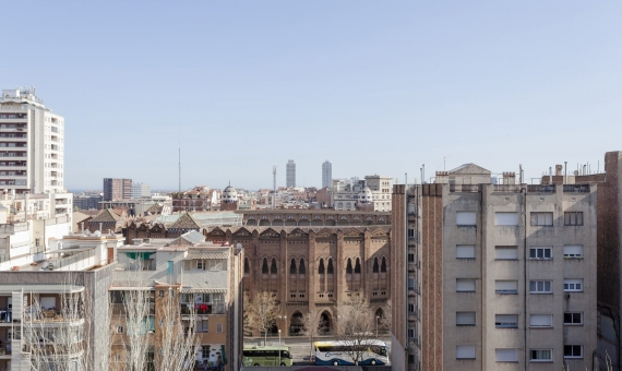 New flat in the completely renovated building with Sagrada Familia views | 3-diagonal2617-570x340-jpg