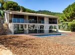 12809 – Luxury villa with sea views on sale in  Cabrera de Mar | 32-lusa-realty-modern-luxury-villa-in-costa-maresme00033-150x110-jpg