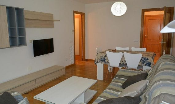 Cozy apartment close to the sea in Gava Mar | 4410-3476721-328547688-570x340-jpg