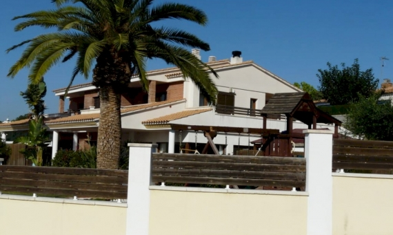 New stunning villa 850 m from the sea in Mas Mel | p1210353-fileminimizer-570x340-jpg