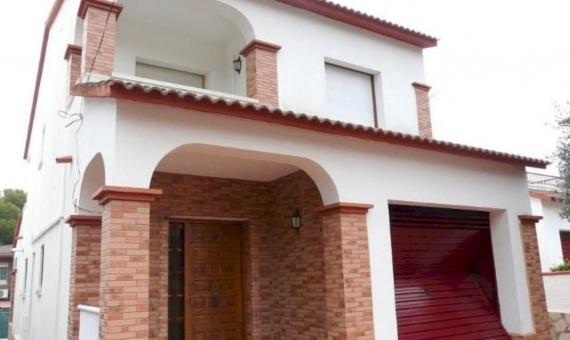 Two-story house in the center of Segur de Calafell   16-570x340-jpg