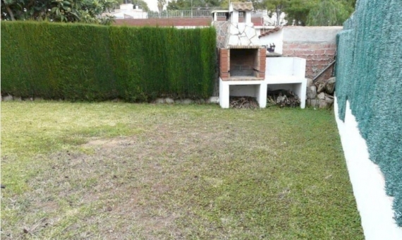 Two-story house in the center of Segur de Calafell | 16-570x340-jpg