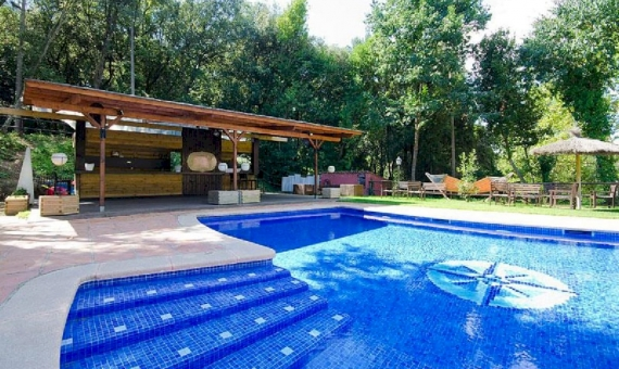 Exclusive hotel with panoramic mountain views and 2 hectares of land | 4-2-570x340-jpg
