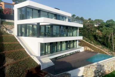 New construction villas 242 m2 with sea views in Begur - 20180803 DIURNAS (5)