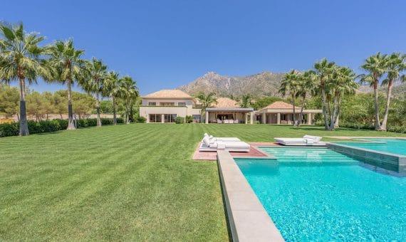 Villa in Marbella 2438 m2, garden, pool, parking   | 263-00397p_8582-570x340-jpg