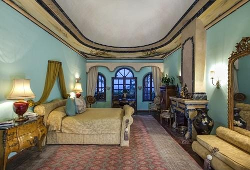 Villa in Marbella 1000 m2, garden, pool, parking   | 263-00454p_8468-570x340-jpg