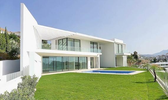 Villa 551 m2 in contemporary style in Marbella | p2070133-1-570x340-jpg