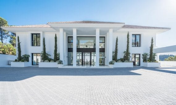 Villa in Marbella 2500 m2, garden, pool, parking   | 60b14789-c2a1-452a-883e-81653f7b50bb-570x340-jpg