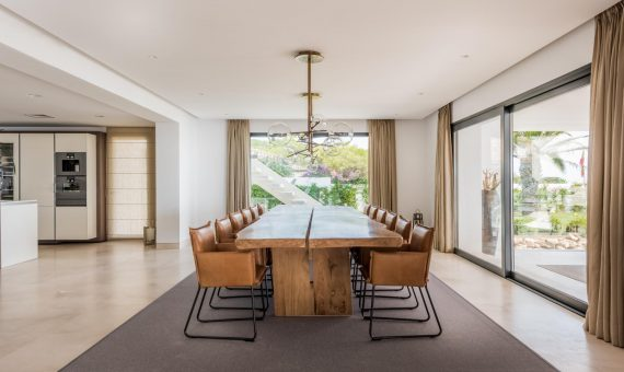 Villa in Marbella 2513 m2, garden, pool, parking   | 79ebd084-ca8e-4c0d-8eb0-decf9a6c503c-570x340-jpg