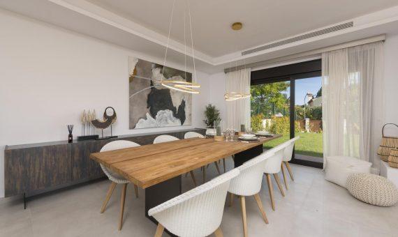 Townhouse in Marbella 400 m2, garden, pool   | 38293f1c-7a6b-4adf-8619-70ffa759d6f7-570x340-jpg