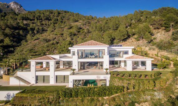 Villa in Marbella 2600 m2, garden, pool, parking   | 81d739c4-3c76-4a8a-842e-91eabf18c626-570x340-jpg