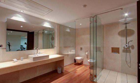 Villa in Marbella 2502 m2, garden, pool, parking   | d047e340-eb0e-4015-a6fa-e751fdb559d9-570x340-jpg